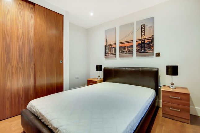 3_Bedroom-1 of Whitechapel High Street, London E1