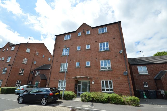 2 bed flat to rent in Ffordd Ty Unnos, Heath, Cardiff CF14