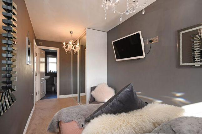 Bedroom of Cross House Road, Grenoside, Sheffield S35