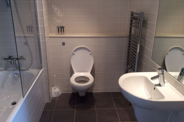 Bathroom of One Park West, 31 Strand Street, Liverpool L1