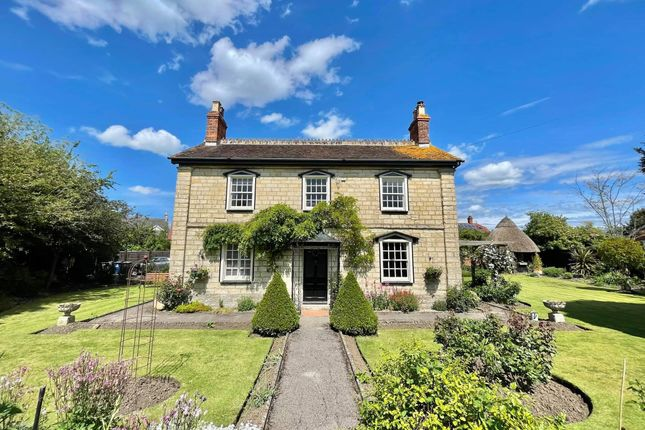 Thumbnail Detached house for sale in Rose Court, Newbury, Gillingham