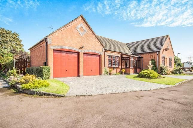 Thumbnail Bungalow for sale in Beechers Keep, Brandon, Coventry, Warwickshire