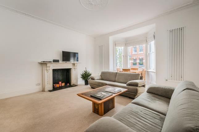 1 bed flat for sale in Drayton Gardens, London
