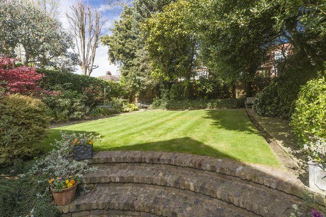 Rear Garden of Ferncroft Avenue, Hampstead NW3