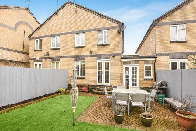 Thumbnail Terraced house for sale in Chargrove Close, London