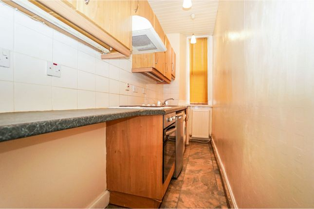 Kitchen of Firs Street, Falkirk FK2