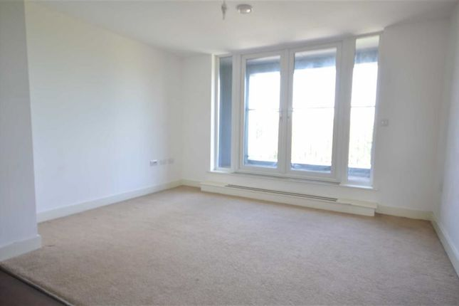 Thumbnail Property to rent in Poplar House, 116 Phoebe Street, Salford
