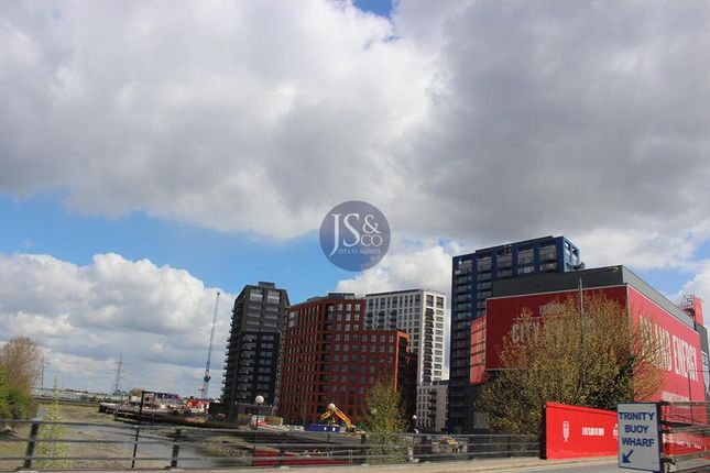 Thumbnail Flat for sale in London City Island, Orchard Place, Canning Town, London
