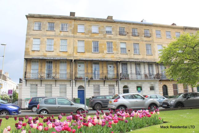 1 bed flat for sale in Berkeley Place, Cheltenham
