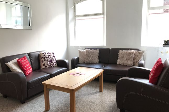 Thumbnail Shared accommodation to rent in 20 Whitechapel, Liverpool