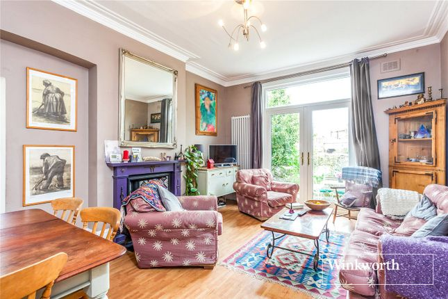 Thumbnail Flat for sale in Dollis Park, Finchley, London
