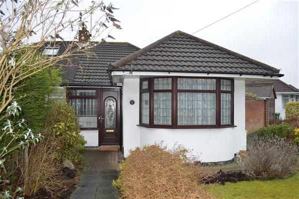 Thumbnail Bungalow to rent in Wichnor Road, Solihull, Solihull