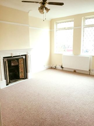 4 bed terraced house to rent in Rensburg Street, Hull