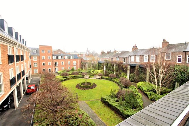 Thumbnail Town house for sale in Bishops Court, York