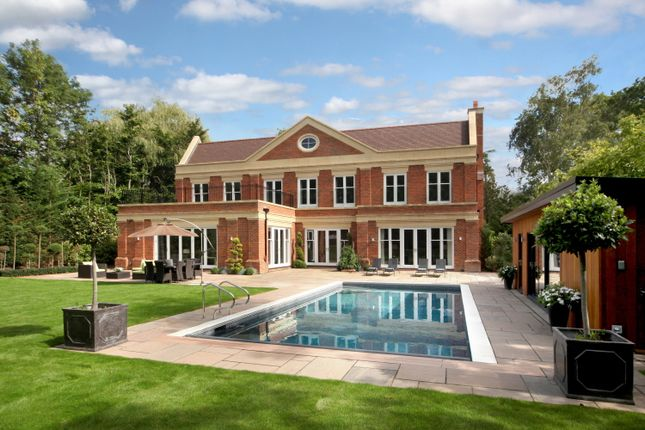 Thumbnail Detached house to rent in Princes Drive, Oxshott