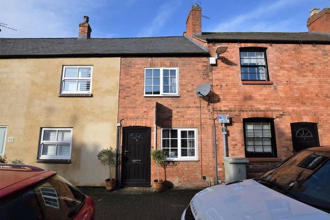 2 bed terraced house to rent in Finkey Street, Oakham LE15