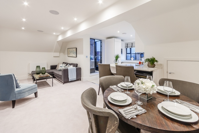 Thumbnail Flat to rent in Palace Wharf, Fulham, London