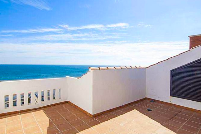 3 bed apartment for sale in Andalusia, Duquesa, Spain