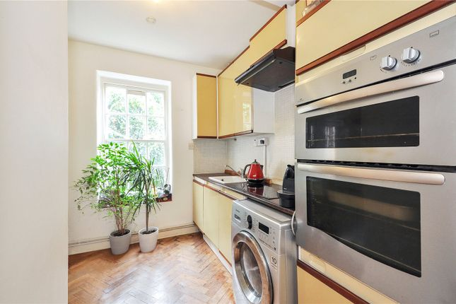 Picture No. 07 of Flat 5 Clifton House, Club Row, London E2