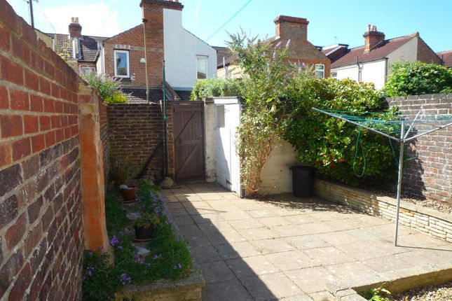 Thumbnail Terraced house to rent in Fawcett Road, Southsea