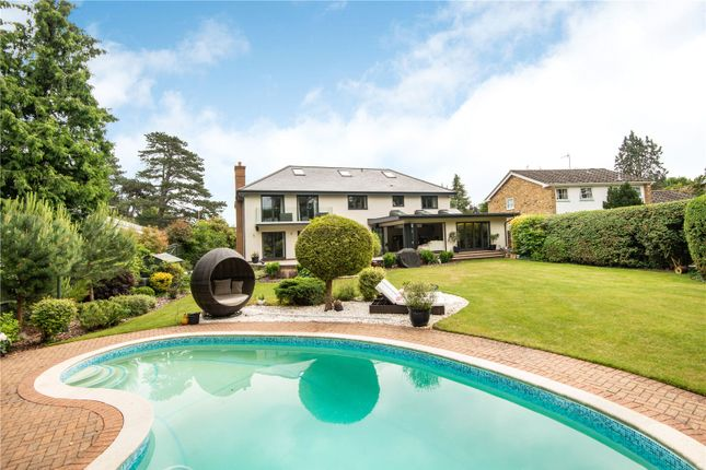Thumbnail Detached house for sale in Chauntry Road, Maidenhead, Berkshi