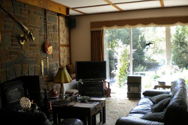 Lounge/Diner of Hunters Lodge Pontynyswen, Nantgaredig, Carmarthen, Carmarthenshire. SA32