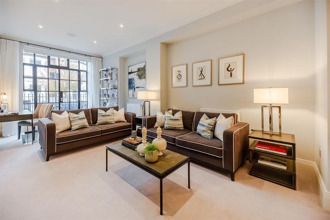 Thumbnail Flat to rent in Palace Wharf Apartments, Rainville Road, London