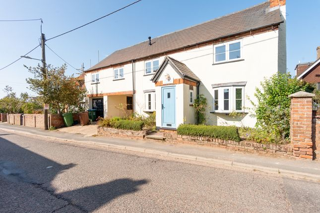 Thumbnail Detached house for sale in Dunton Road, Stewkley, Buckinghamshire