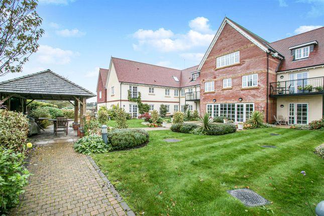 Thumbnail Flat for sale in Parsonage Barn Lane, Ringwood, Hampshire