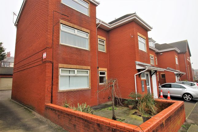 Thumbnail Flat to rent in Dutton Court Dutton Rd, Blackpool