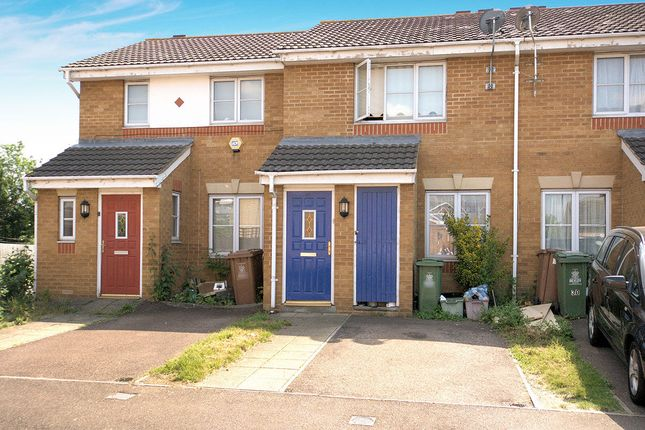 Thumbnail Property to rent in Poppy Close, Belvedere