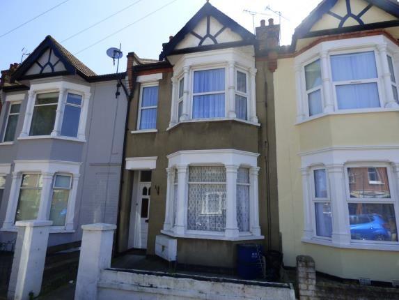 1 bed flat for sale in Rochford Avenue, Westcliff-On-Sea