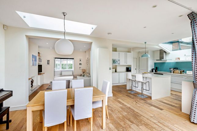 Thumbnail Terraced house for sale in Muncaster Road, London