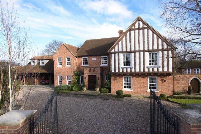 Thumbnail Detached house for sale in Royal Oak Lane, Pirton, Hertfordshire