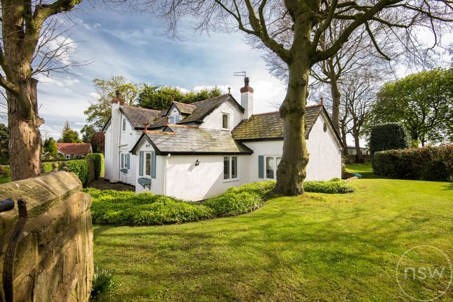 Thumbnail Cottage for sale in Mill Lane, Aughton, Ormskirk