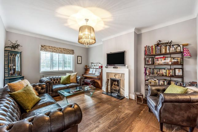 3 bed flat for sale in Haverstock Hill, Belsize Park NW3