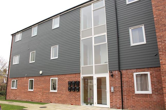 Thumbnail Flat to rent in Sandringham Court, York