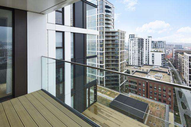 Balcony of The Waterman, Tidemill Square, Lower Riverside, Greenwich Peninsula SE10