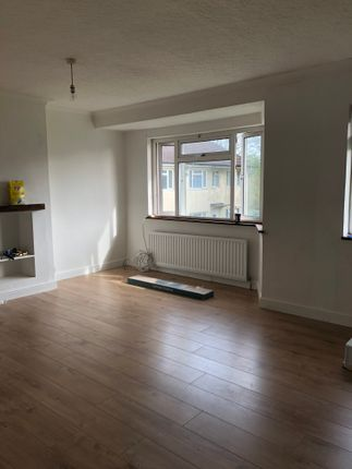 Thumbnail Maisonette to rent in Rostrevor Gardens, Hounslow