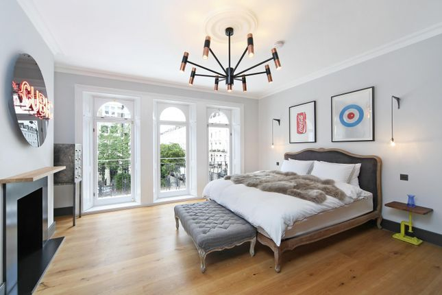 Thumbnail Property for sale in Kensington Park Road, London