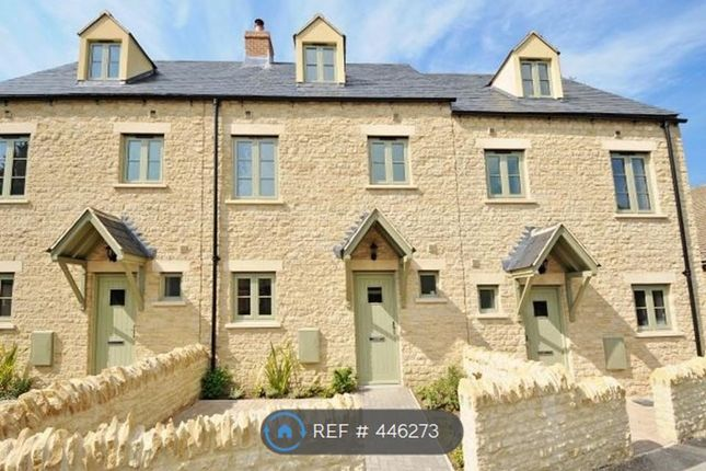 Thumbnail Semi-detached house to rent in Newland, Witney