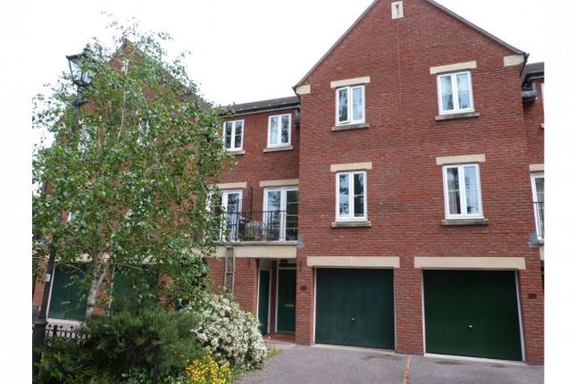Thumbnail Town house to rent in Gras Lawn, St. Leonards, Exeter