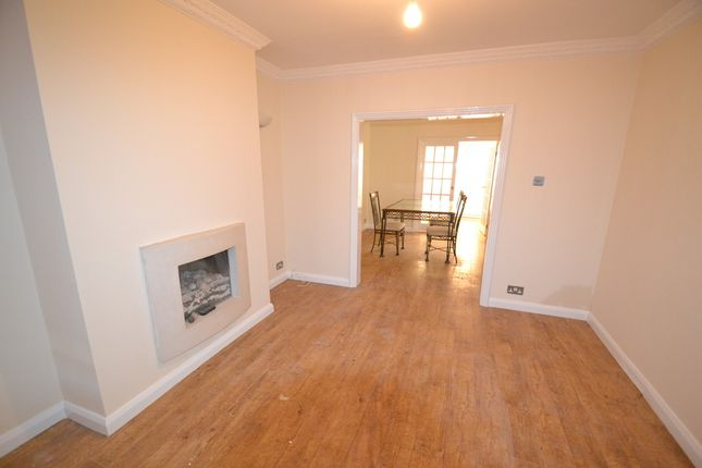 Thumbnail Semi-detached house to rent in Harrowden Road, Wheatley, Doncaster