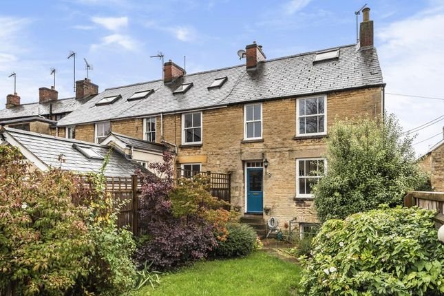 Thumbnail Terraced house for sale in Chipping Norton, Oxfordshire