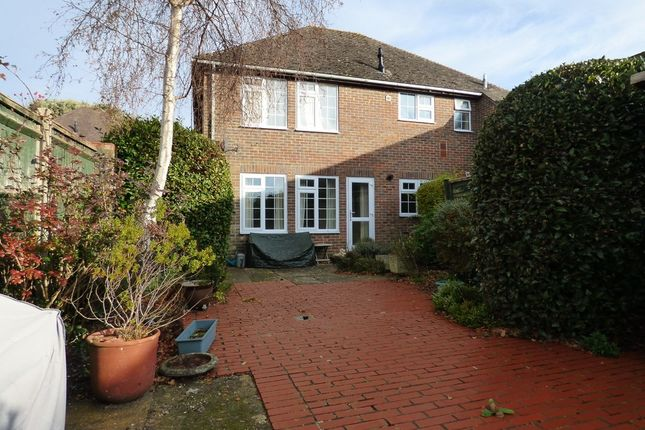 Flat to rent in The Drive, Craigweil, Aldwick