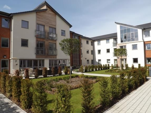 Thumbnail Property for sale in Kings Parade, Kings Road, Fleet