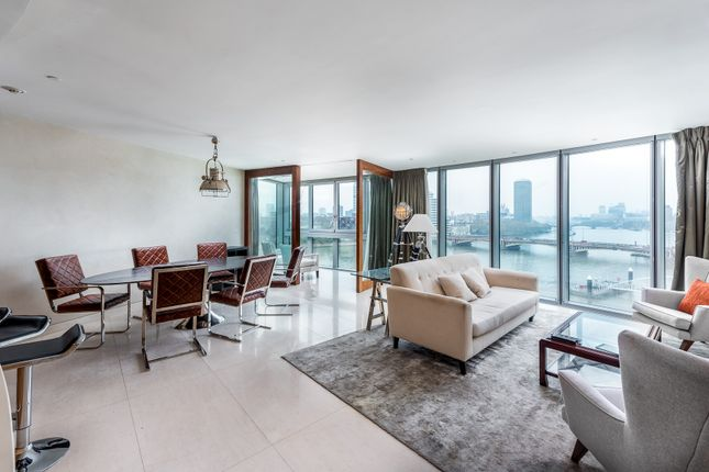 Thumbnail Flat To Rent In St George Wharf London