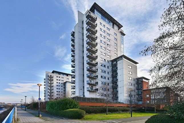 Thumbnail Flat to rent in Tideslea Tower, Thamesmead West, London
