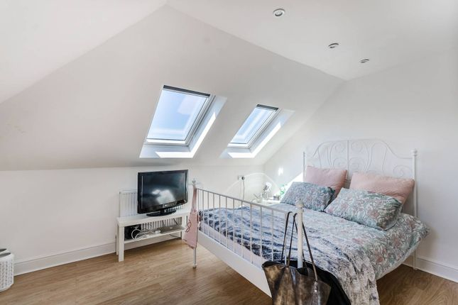 5 bed flat for sale in Wood Lane, White City, London W12