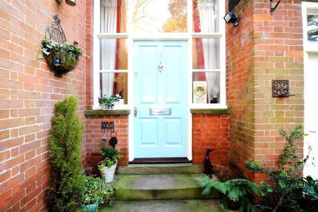 Thumbnail Town house for sale in Redwood Drive, Brandesburton, Driffield